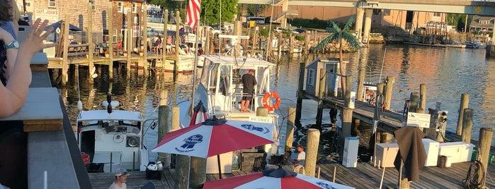 The Dock Restaurant is one of Locais curtidos por Svetlana.