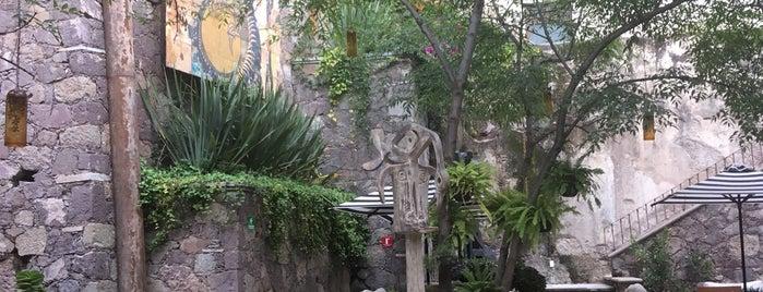 La Casa Del Rector is one of Lugares favoritos de Sandra.