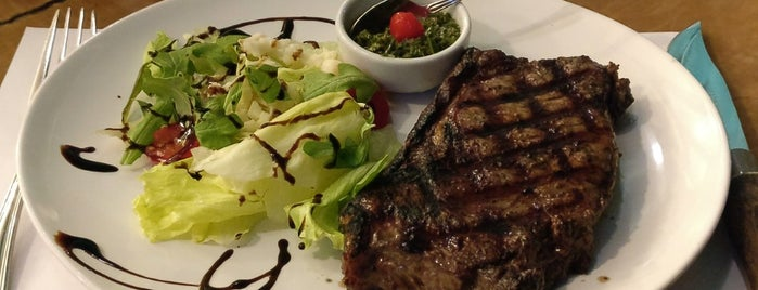 Madero Steak House is one of Posti che sono piaciuti a Joao.
