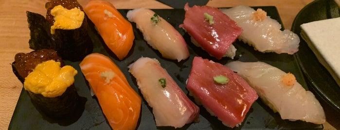 Sushi-san is one of Lieux qui ont plu à Brandon.