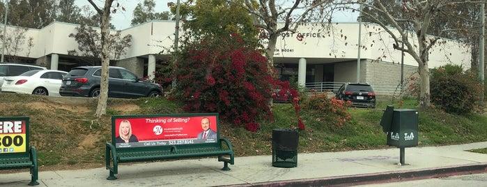 US Post Office is one of สถานที่ที่ Darryl ถูกใจ.
