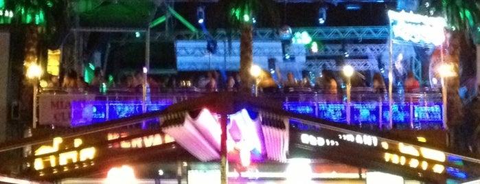 Miami Club is one of Berkay'ın Beğendiği Mekanlar.