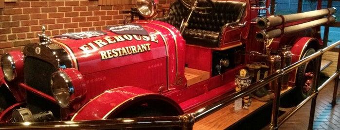 The Firehouse Restaurant is one of Orte, die Lauren gefallen.