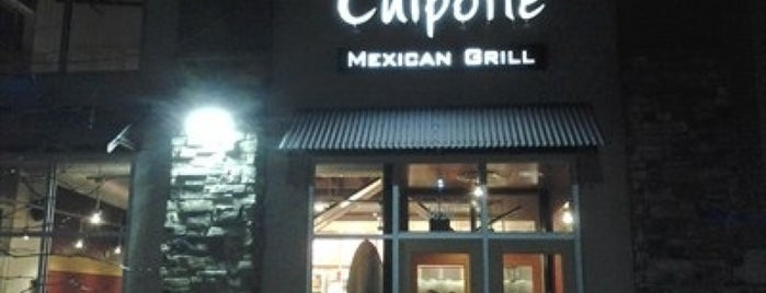 Chipotle Mexican Grill is one of สถานที่ที่ Sam ถูกใจ.