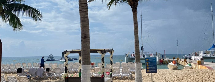 Cozumel is one of Mexico.