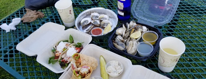 Braun Seafood 2 Go is one of Mattituck.