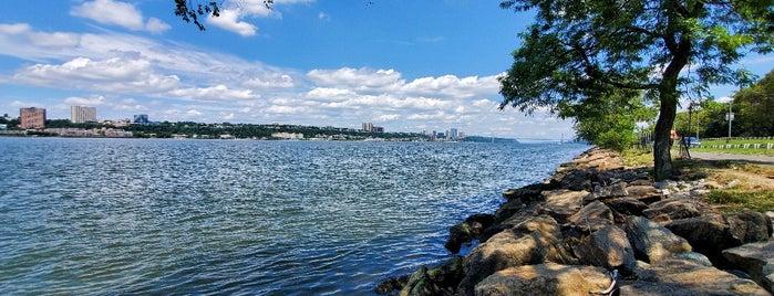 Hudson River Greenway - Upper West Side is one of MI 님이 좋아한 장소.