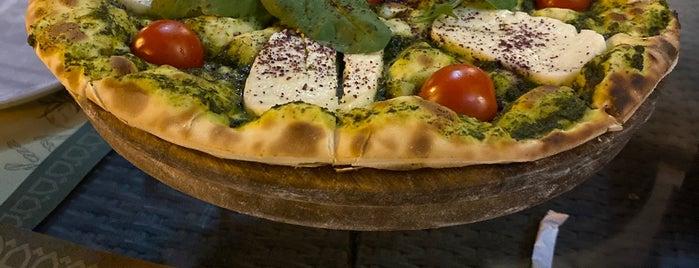 Al Balad Restaurant is one of Hookah (Riyadh).
