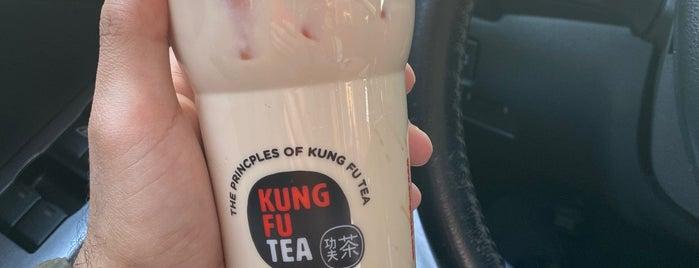 kung fu tea is one of Lieux qui ont plu à Erik.