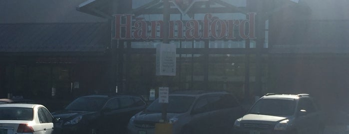 Hannaford Supermarket is one of Ethan's Liked Places.