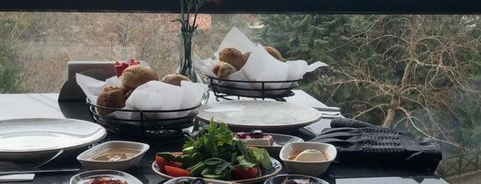 Mihrabat Korusu Cafe is one of Bosphorus View.