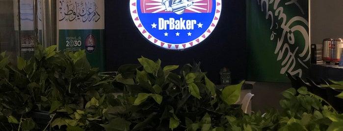 Dr.Baker Cafe is one of Orte, die Yazeed gefallen.