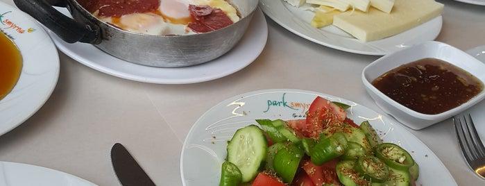 Palamutluk Bahçe Cafe & Restaurant is one of Orte, die Erkan gefallen.
