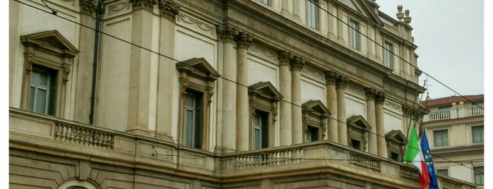 Teatro alla Scala is one of Milano.