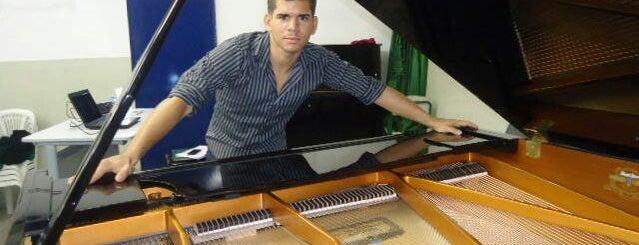 Escola Tecnica Estadual de Criatividade Musical is one of Prefeitura.