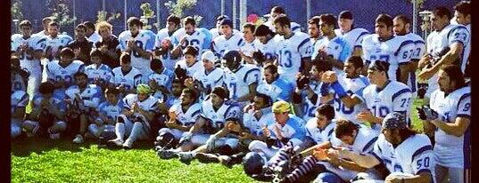 Ege Dolphins Amerikan Futbol Takımı is one of Can 님이 좋아한 장소.