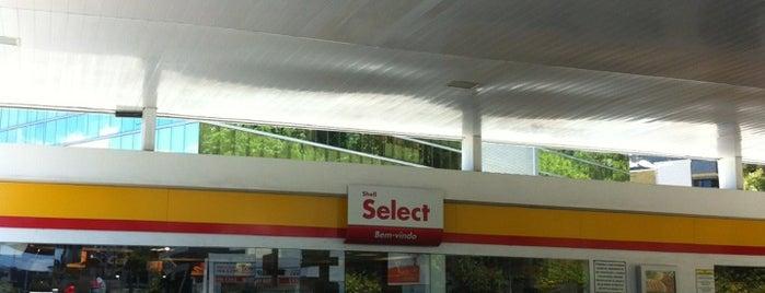 Select Alto do Itaigara is one of Orte, die Renata gefallen.