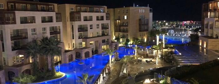 Kempinski Summerland Hotel & Resort is one of Beyrut.
