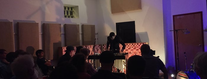 Experimental Sound Studio is one of Andy : понравившиеся места.