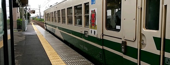 上飯島駅 is one of JR 키타토호쿠지방역 (JR 北東北地方の駅).