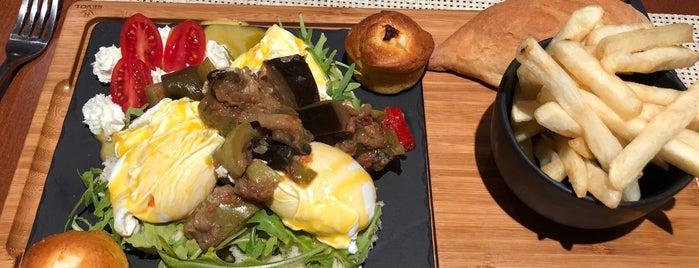 Bb Caffe&Restaurant is one of Locais curtidos por Arbuzova.