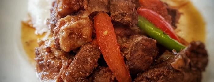 Maria's is one of Locais curtidos por Topo.