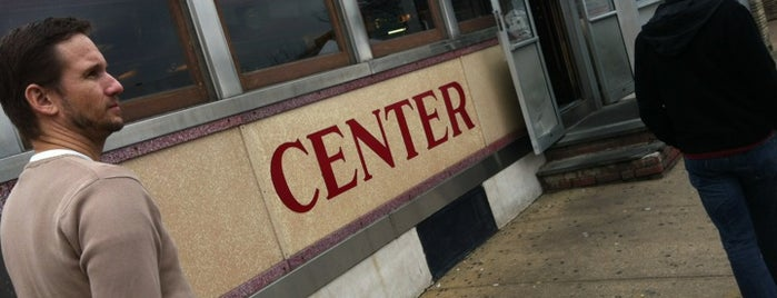 Center Diner is one of Tempat yang Disukai Mark.