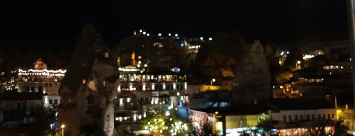 Viewpoint Cafe & Restaurant is one of Posti che sono piaciuti a ŞENOL.