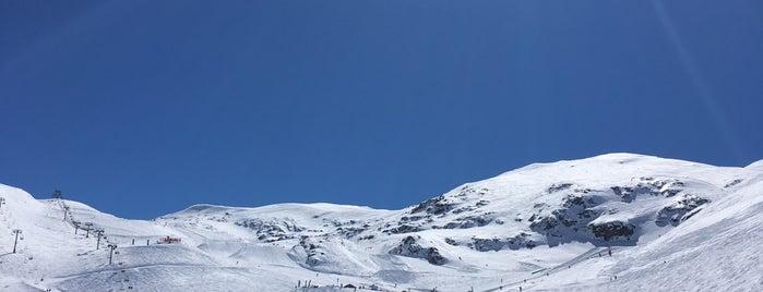 Le Chalet de la Toura is one of Les deux alpes.