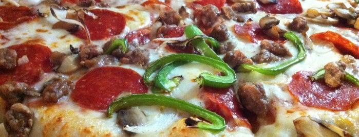 Little Caesars Pizza is one of Posti salvati di the.