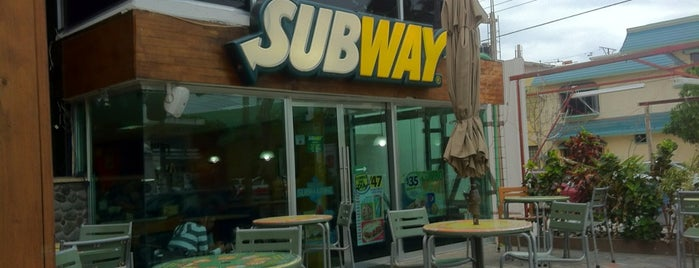 Subway is one of Lugares favoritos de rafael.