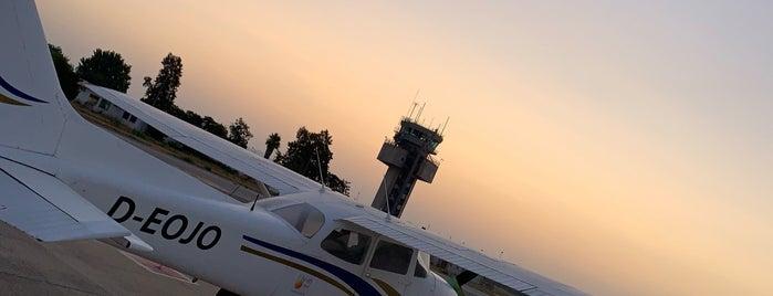 Pista Aeropuerto Jerex is one of Lugares favoritos de Blain.