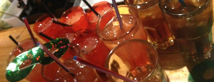 The Mex Restaurant-Bar-Club is one of สถานที่ที่ Mathieu ถูกใจ.