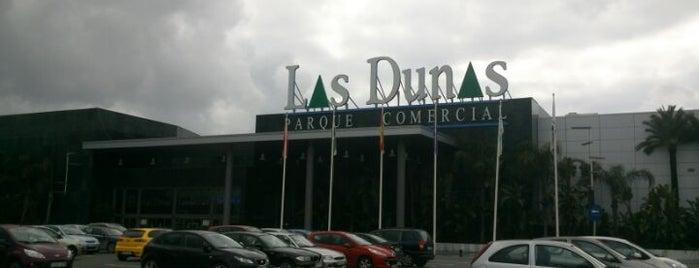 Las Dunas, Centro Comercial is one of Lugares favoritos de Blain.