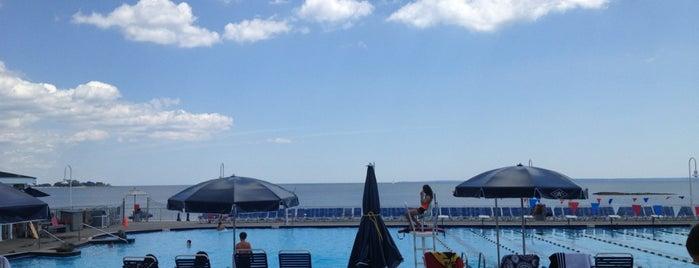 Westchester Country Club - Beach Club is one of Locais salvos de Gizem.