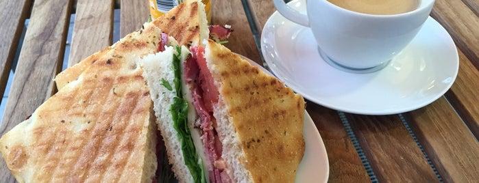 Baguetterie & Cafébar Strahmann is one of Mishutka : понравившиеся места.