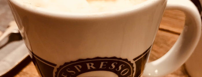 Espresso House is one of Jose Luisさんの保存済みスポット.