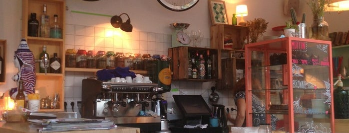 Café Cometa is one of HIPSTER BARCELONA.