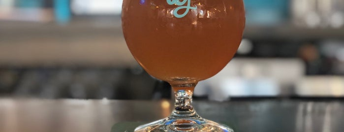 Nine Giant Brewing is one of Cincinnati Area Breweries.