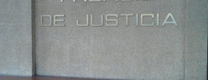 Palacio de Justicia is one of Gerry : понравившиеся места.