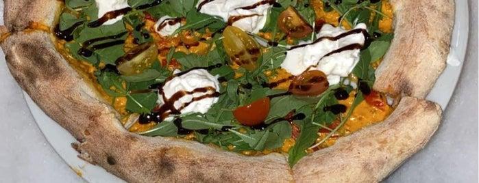 The Social Pizzeria is one of Restaurants | Riyadh 🍽💙.