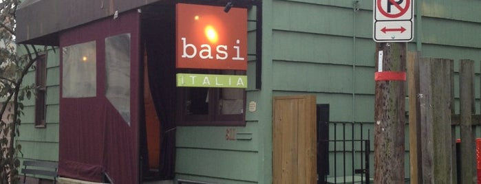 Basi Italia is one of Locais curtidos por Melissa.