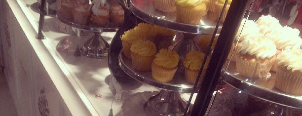 La Cakery is one of Krissy 님이 좋아한 장소.
