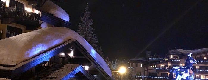 Louis Vuitton is one of Courchevel.