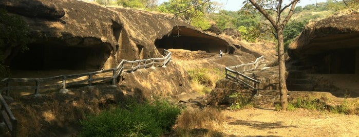 Kanheri Caves is one of India.