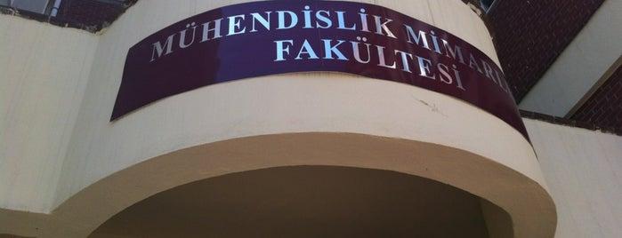 Mühendislik ve Mimarlık Fakültesi is one of Tempat yang Disukai Emin.