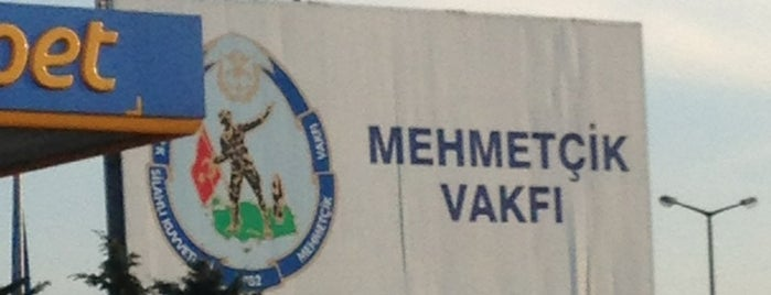 Opet is one of Posti che sono piaciuti a Muharrem.