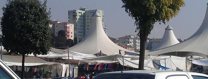 Pendik Semt Pazarı is one of Tempat yang Disukai Ercan.