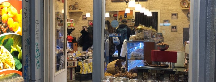 Nuts & Co. is one of Sweets In Berlin.