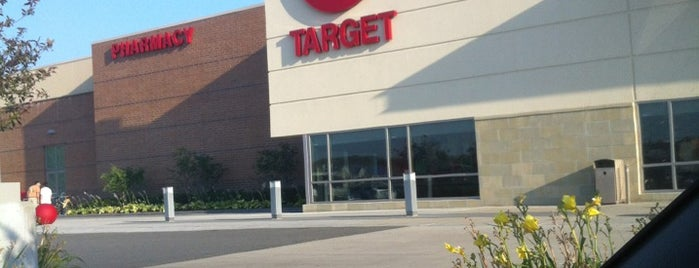 Target is one of Locais curtidos por Josh.